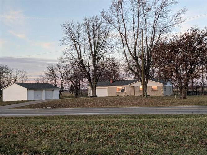 4126 E US Highway 52 Rushville, IN 46173 | MLS 21684166 | photo 3