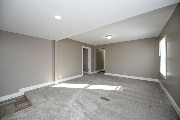 5373 Sunset Avenue Indianapolis, IN 46208 | MLS 21684172 | photo 5