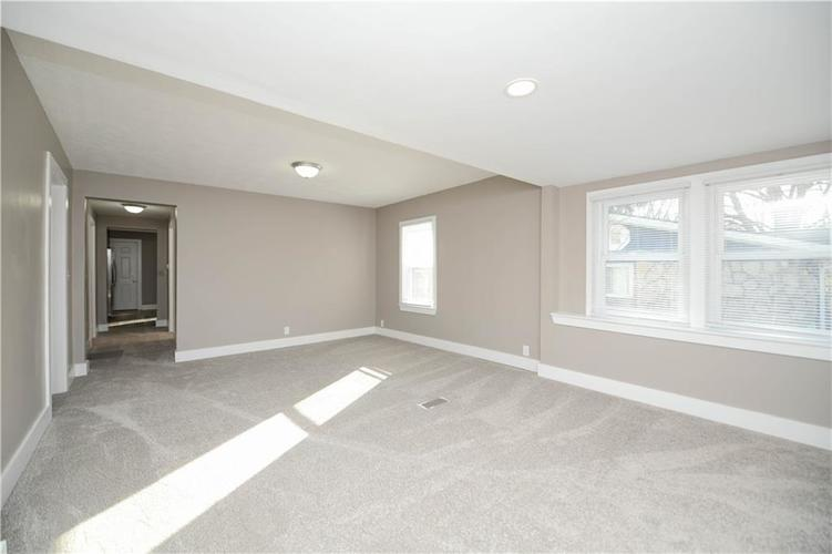 5373 Sunset Avenue Indianapolis, IN 46208 | MLS 21684172 | photo 6