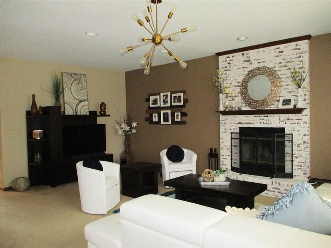 8520 Blair Castle Court Indianapolis, IN 46259 | MLS 21684213 | photo 4