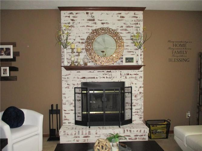8520 Blair Castle Court Indianapolis, IN 46259 | MLS 21684213 | photo 5