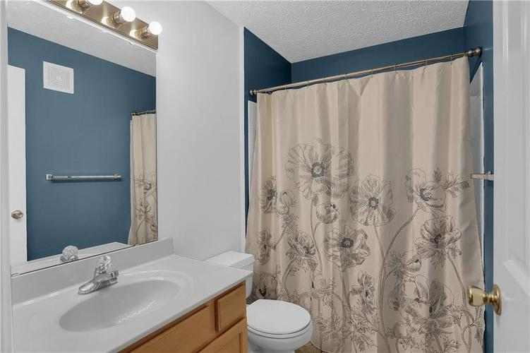 8346 GLENWILLOW Lane #208 Indianapolis, IN 46278 | MLS 21684252 | photo 26