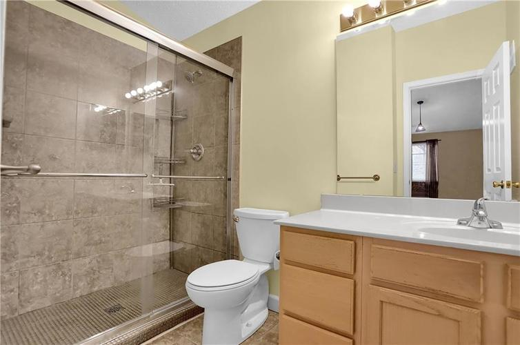 8346 GLENWILLOW Lane #208 Indianapolis, IN 46278 | MLS 21684252 | photo 27