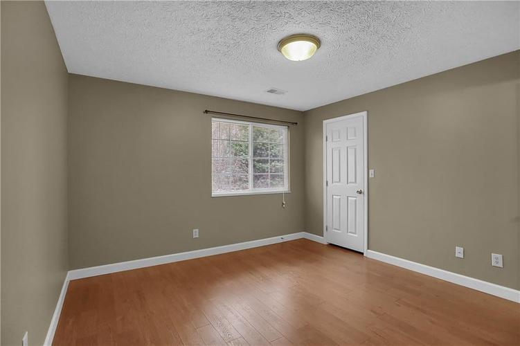 8346 GLENWILLOW Lane #208 Indianapolis, IN 46278 | MLS 21684252 | photo 7