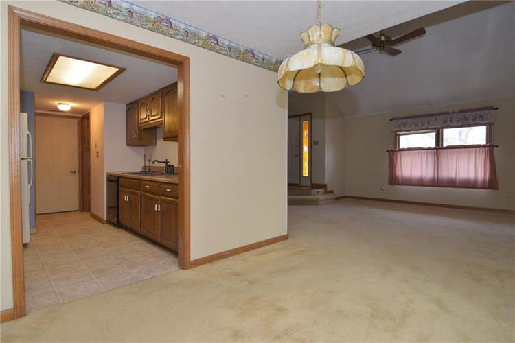 8522 Chapel Pines Drive #95 Indianapolis, IN 46234 | MLS 21684258 | photo 7