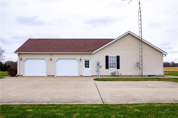 824 S Colorado Street Rushville, IN 46173 | MLS 21684264 | photo 4
