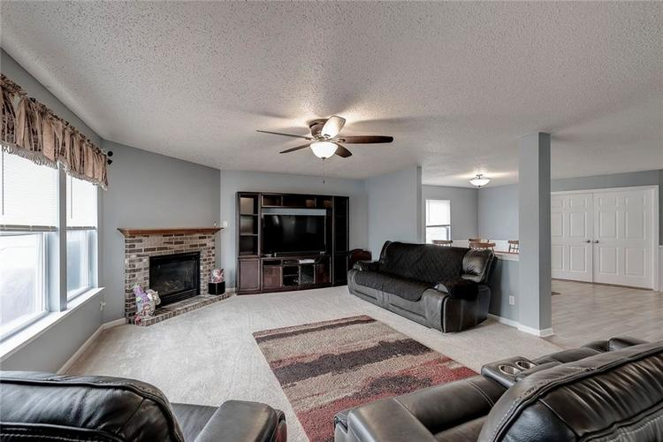 9035 Stones Bluff Lane Camby, IN 46113   MLS 21684296   photo 8