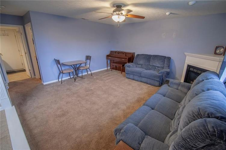 6602 Paramount Springs Drive Anderson, IN 46013 | MLS 21684298 | photo 10