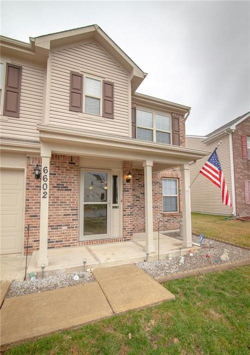 6602 Paramount Springs Drive Anderson, IN 46013 | MLS 21684298 | photo 2