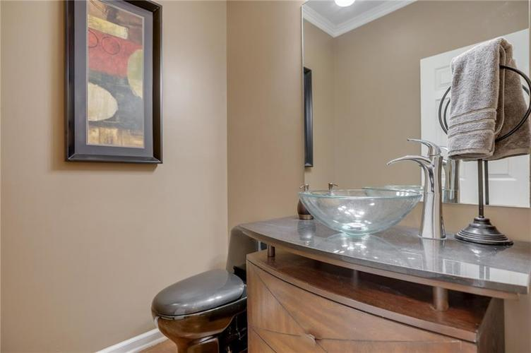 1811 Inisheer Court Indianapolis, IN 46217 | MLS 21684299 | photo 17