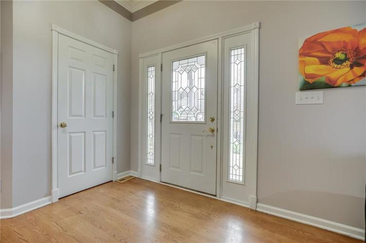 1811 Inisheer Court Indianapolis, IN 46217 | MLS 21684299 | photo 4