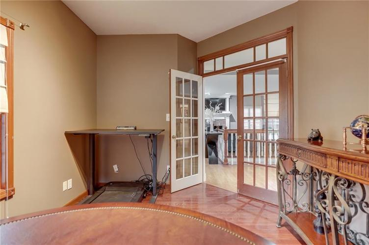 1811 Inisheer Court Indianapolis, IN 46217 | MLS 21684299 | photo 6