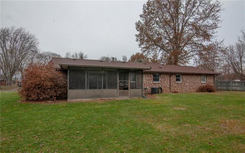 6228 Chestnut Drive Anderson, IN 46013 | MLS 21684305 | photo 23