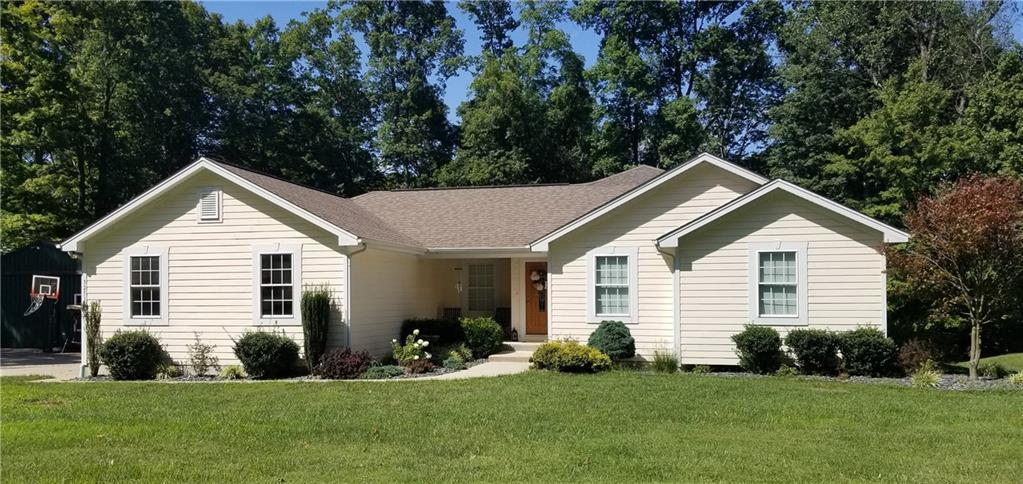 3251 Forest Road Batesville, IN 47006 | MLS 21684308 | photo 1