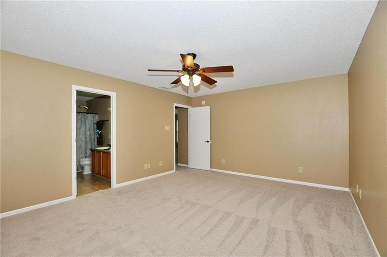 12409 BEARSDALE Drive Indianapolis, IN 46235 | MLS 21684331 | photo 24