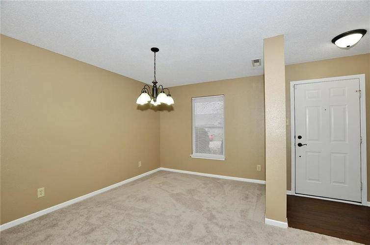 12409 BEARSDALE Drive Indianapolis, IN 46235 | MLS 21684331 | photo 3
