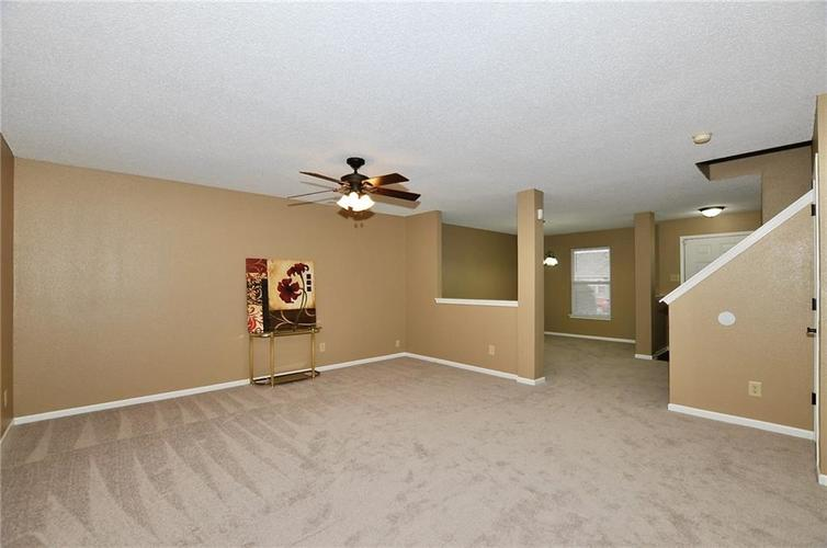 12409 BEARSDALE Drive Indianapolis, IN 46235 | MLS 21684331 | photo 6