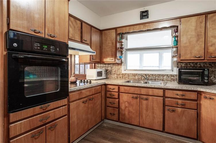 5924 MANNING Road Indianapolis, IN 46228 | MLS 21684343 | photo 10