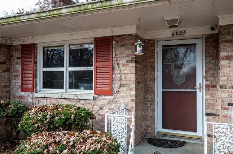 5924 MANNING Road Indianapolis, IN 46228 | MLS 21684343 | photo 4