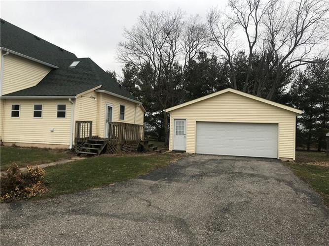 1007 S NAY Road Greenwood, IN 46143 | MLS 21684352 | photo 13