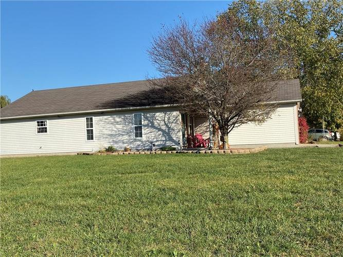 6022 PRAIRIE MEADOW Drive Indianapolis, IN 46221   MLS 21684361   photo 4