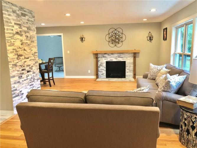 3206 Melbourne Road South Drive Indianapolis, IN 46228 | MLS 21684374 | photo 8
