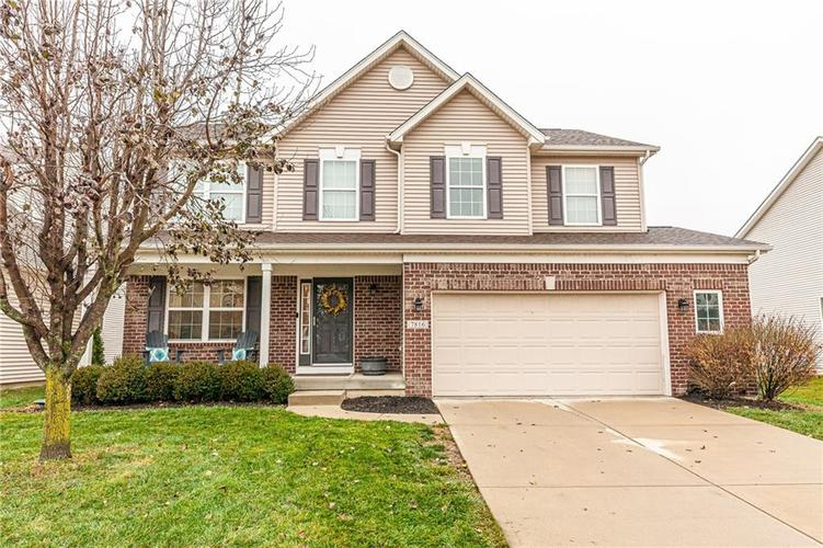 7816 SEA EAGLE Circle Zionsville, IN 46077 | MLS 21684414 | photo 1