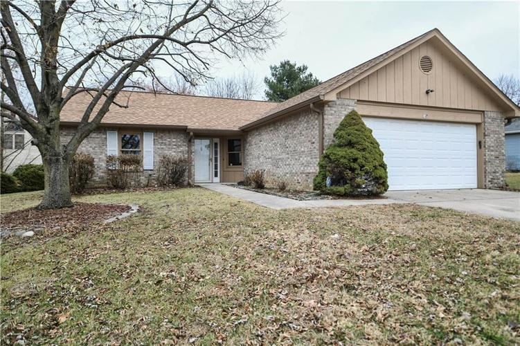 6008 McClellan Court Indianapolis, IN 46254   MLS 21684417   photo 1