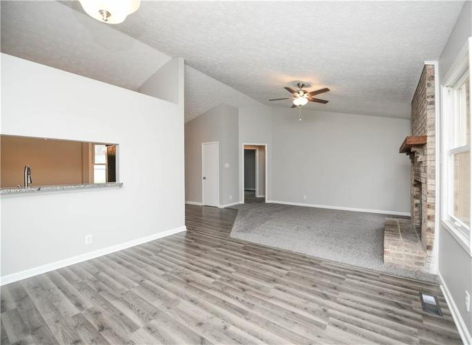 6008 McClellan Court Indianapolis, IN 46254   MLS 21684417   photo 10
