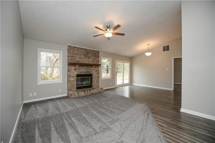 6008 McClellan Court Indianapolis, IN 46254   MLS 21684417   photo 15