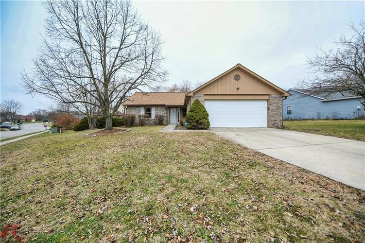 6008 McClellan Court Indianapolis, IN 46254   MLS 21684417   photo 31