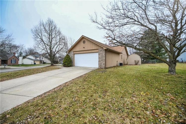 6008 McClellan Court Indianapolis, IN 46254   MLS 21684417   photo 32