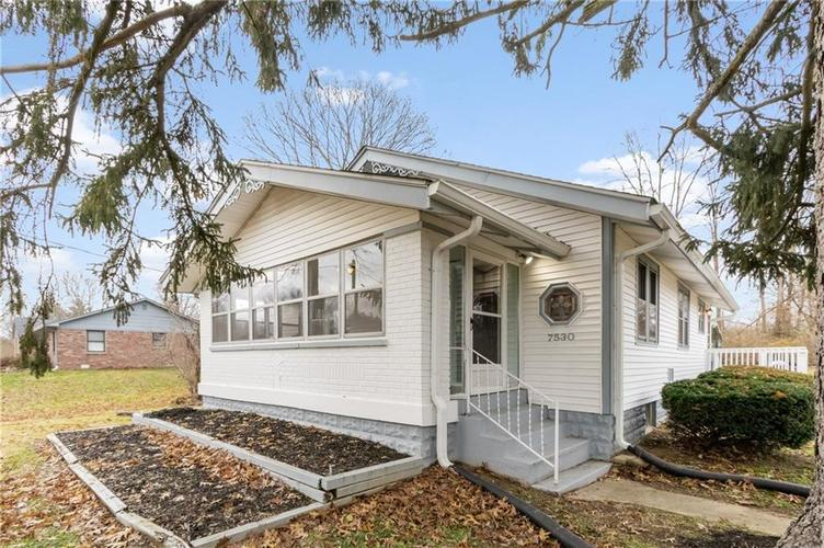 7530 Combs Road Indianapolis, IN 46237 | MLS 21684434 | photo 1