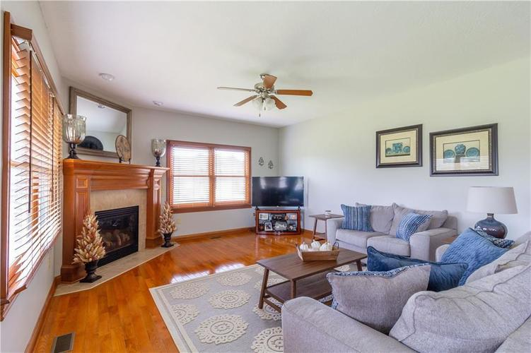 1111 Morningside Court Greenfield, IN 46140 | MLS 21684452 | photo 11