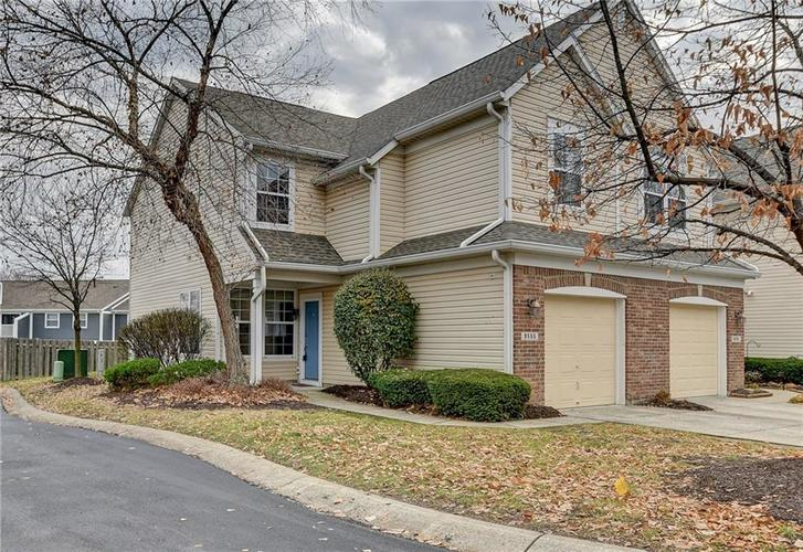 9555 Longwell Drive Indianapolis, IN 46240 | MLS 21684484 | photo 1