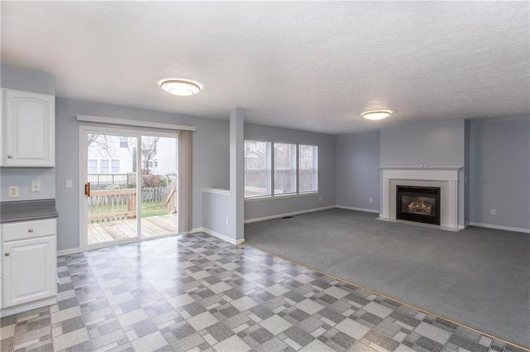 7825 Inishmore Drive Indianapolis, IN 46214   MLS 21684511   photo 14