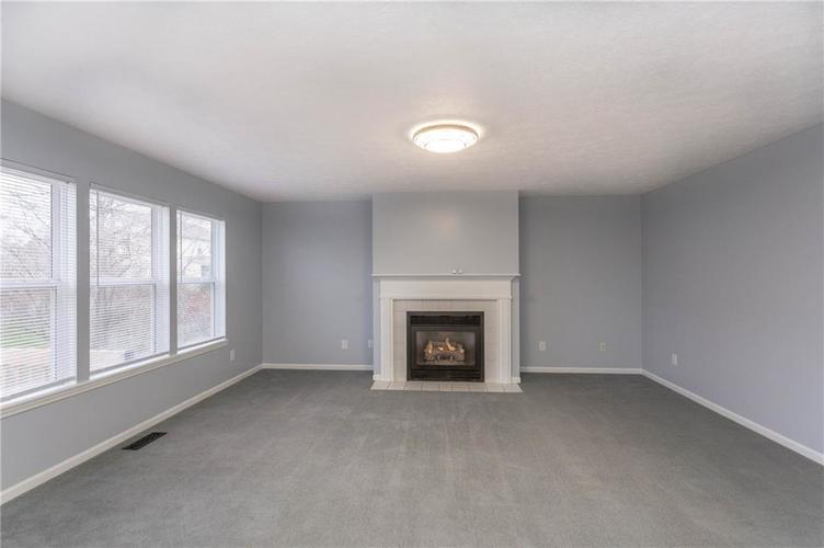 7825 Inishmore Drive Indianapolis, IN 46214   MLS 21684511   photo 17