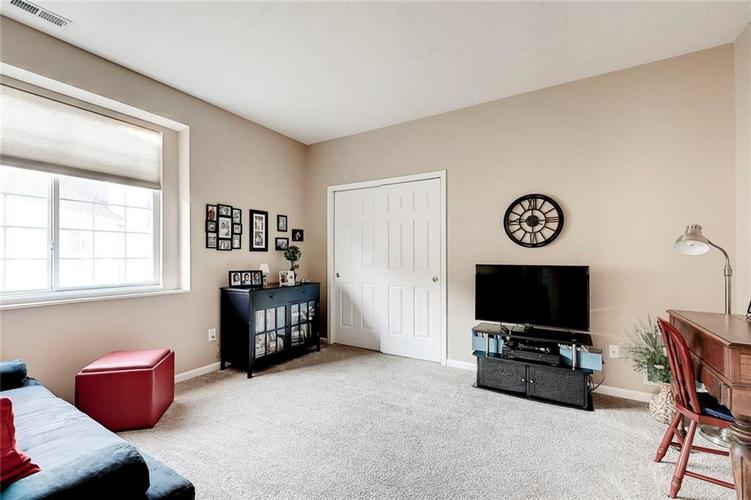 740 Farley Drive Indianapolis, IN 46214 | MLS 21684524 | photo 12