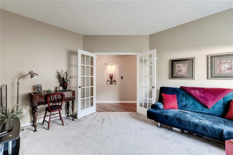 740 Farley Drive Indianapolis, IN 46214 | MLS 21684524 | photo 13