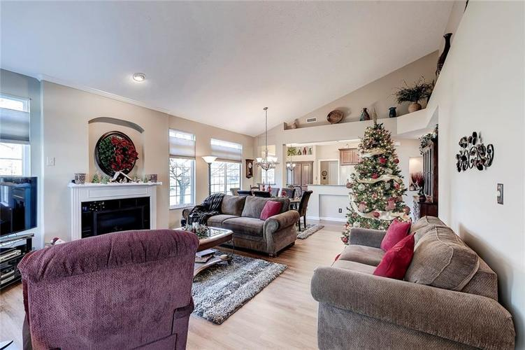 740 Farley Drive Indianapolis, IN 46214 | MLS 21684524 | photo 18