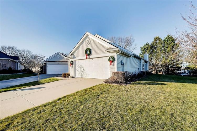 740 Farley Drive Indianapolis, IN 46214 | MLS 21684524 | photo 45