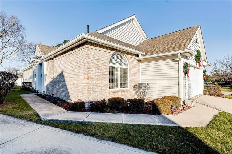 740 Farley Drive Indianapolis, IN 46214 | MLS 21684524 | photo 48