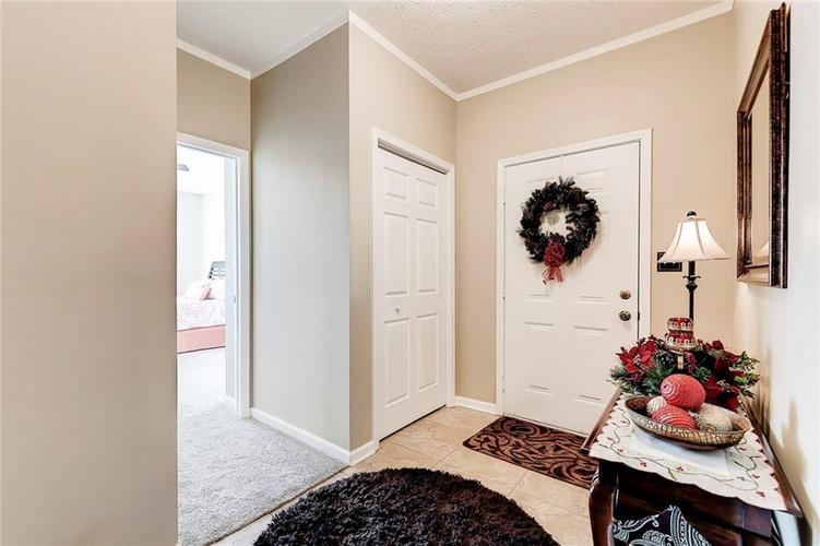 740 Farley Drive Indianapolis, IN 46214 | MLS 21684524 | photo 5