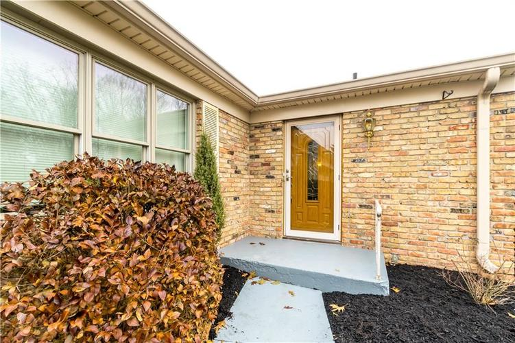 7140 Camelot Court Indianapolis, IN 46214 | MLS 21684542 | photo 3