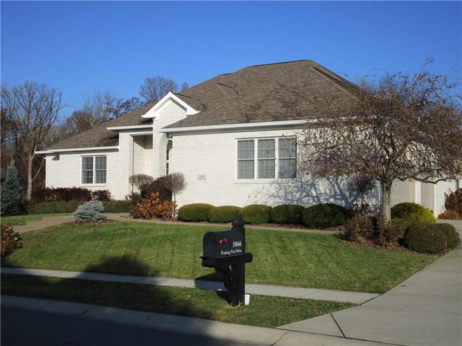 5866 Peaking Fox Drive Indianapolis, IN 46237 | MLS 21684549 | photo 4