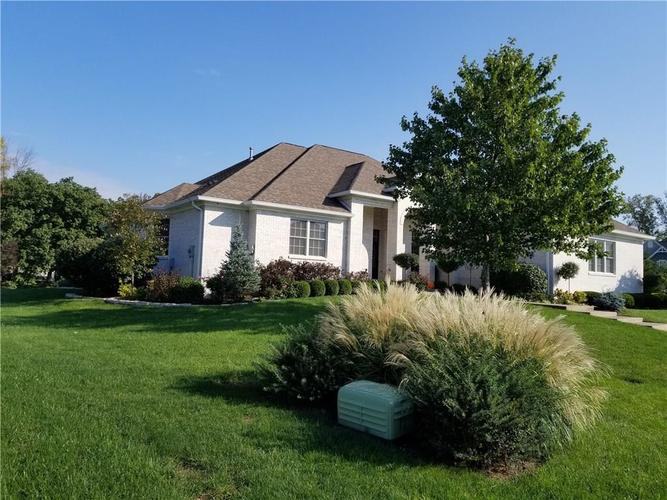 5866 Peaking Fox Drive Indianapolis, IN 46237 | MLS 21684549 | photo 45