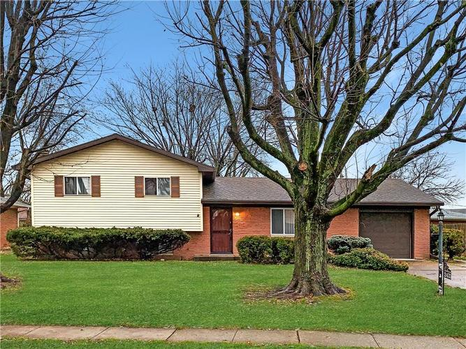 2433 Constellation Drive Indianapolis, IN 46229   MLS 21684558   photo 1