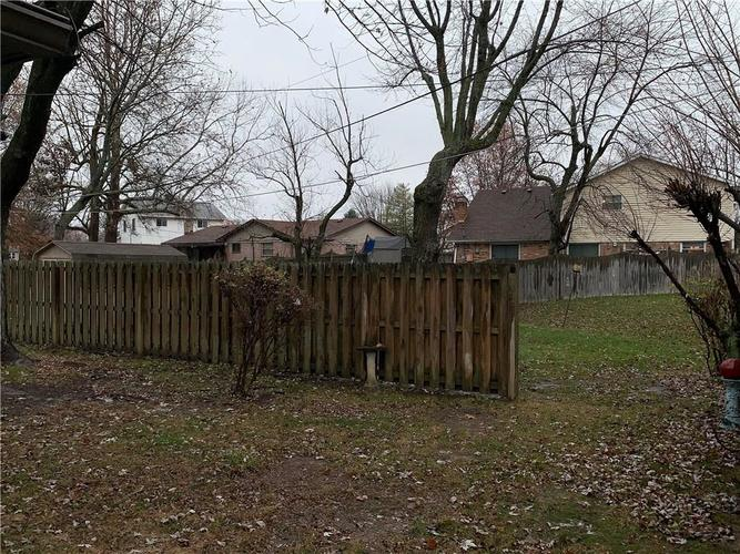2433 Constellation Drive Indianapolis, IN 46229   MLS 21684558   photo 17
