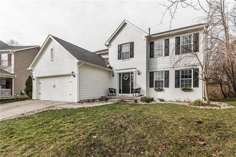 782 Bloor Woods Court Zionsville, IN 46077 | MLS 21684638 | photo 2