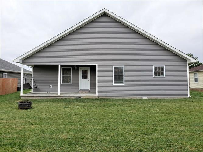 646 W Fourteenth Street Greensburg, IN 47240 | MLS 21684659 | photo 16